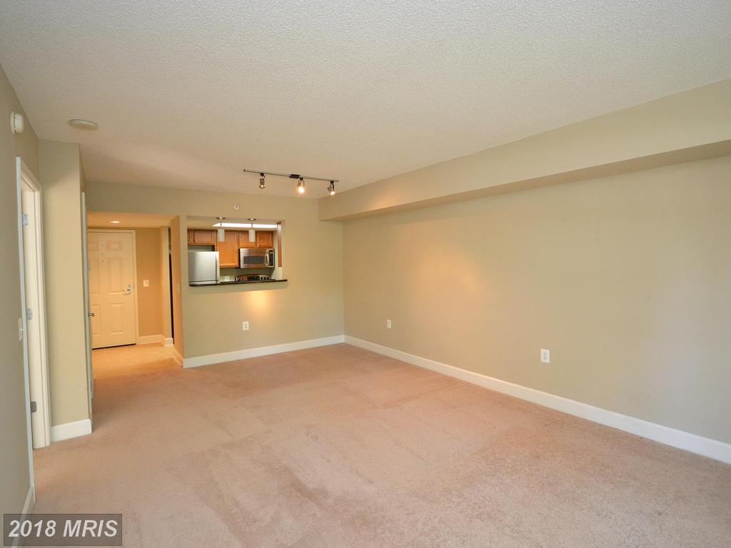 Photo of 11800 Sunset Hills Rd #210