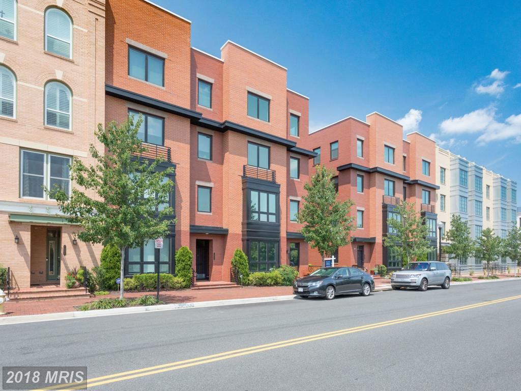 Find A Great Deal On A Super Luxury Big 3-Bedroom At Potomac Yards thumbnail