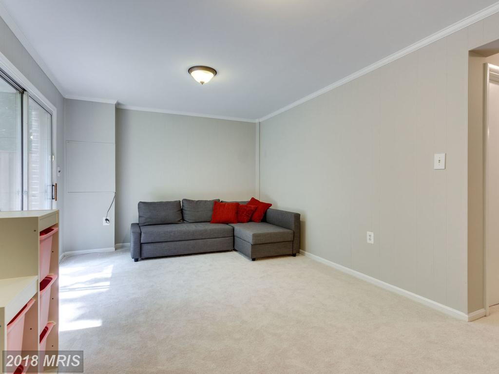 Photo of 5861 Kara Pl