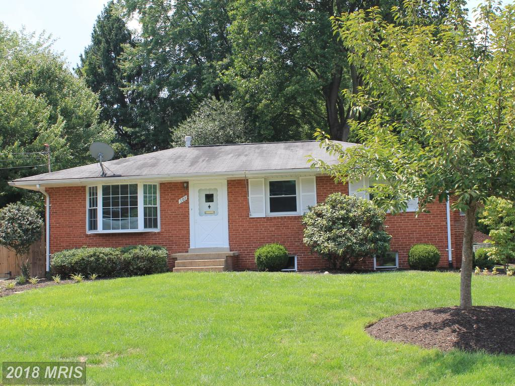 501 Walker St SW Vienna Virginia 22180 For Sale For $642,000 Has A Basement thumbnail