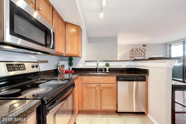 Small Garden-Style Condos In The Neighborhood Of Ballston Metro Station For Less Than $535,395 thumbnail