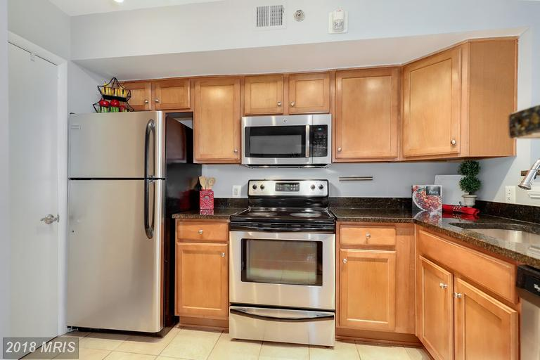 Photo of 1001 Vermont St N #201