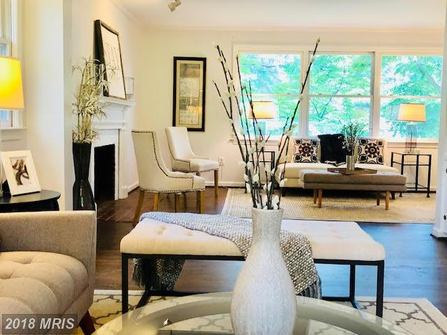 $1,199,000 :: 6 Bedroom Single-Family Home, 3 Days On Market In 22207 thumbnail