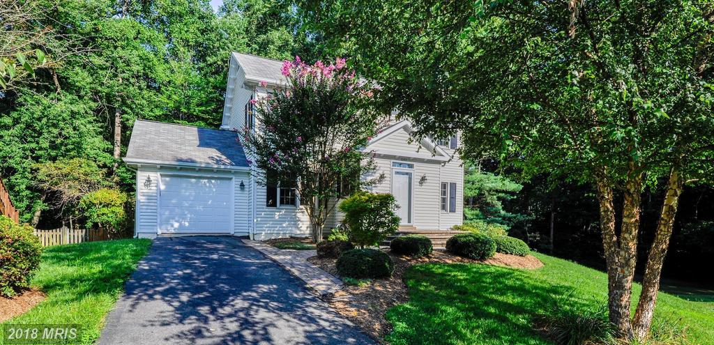 Mid-Market Detached Home For Sale For $579,900 In Fairfax County thumbnail