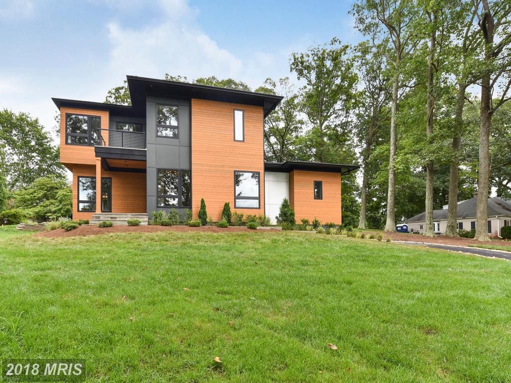 $2,090,000  --  1281 Serenity Woods Ln Vienna VA 22182 thumbnail