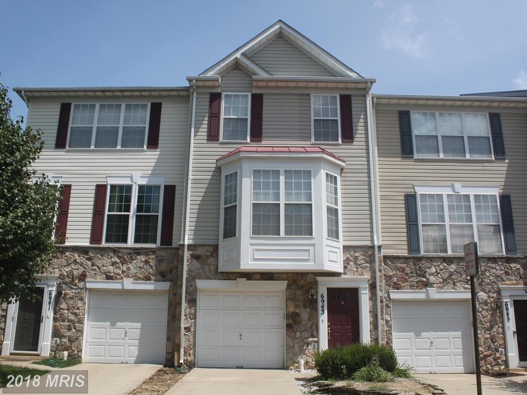 Large Townhome In Alexandria thumbnail