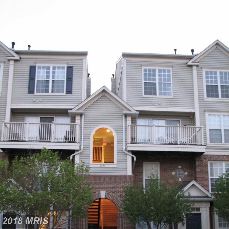 $2,300 In Falls Church Walking Distance To West Falls Church Metro Stop For Rent $2,300 // 2 Beds // 2 Full Baths - 1 Half Baths thumbnail