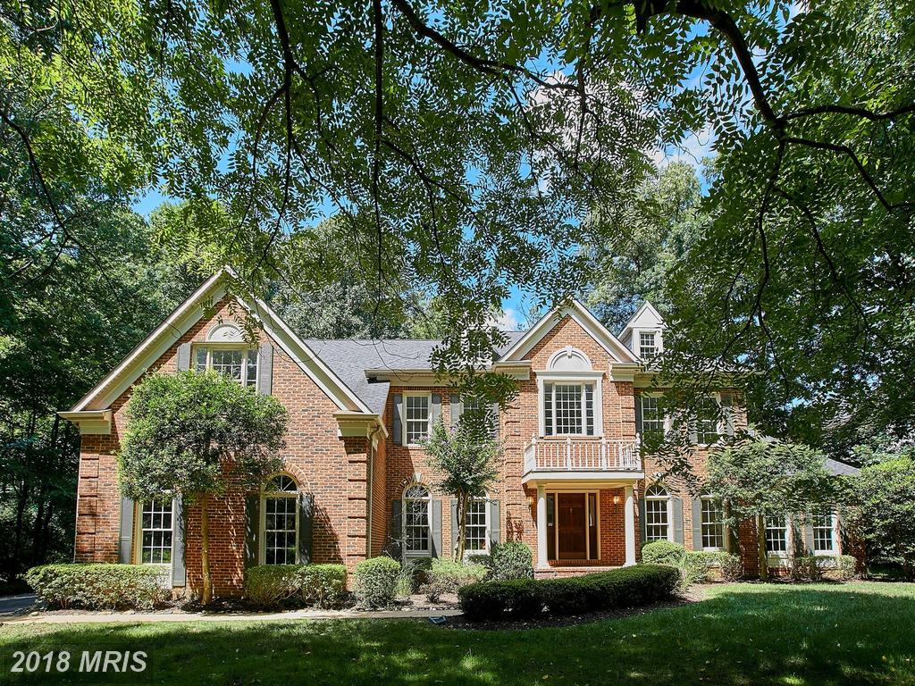 $1,050,000 Listed At 10502 Miller Rd In Oakton VA 22124 thumbnail