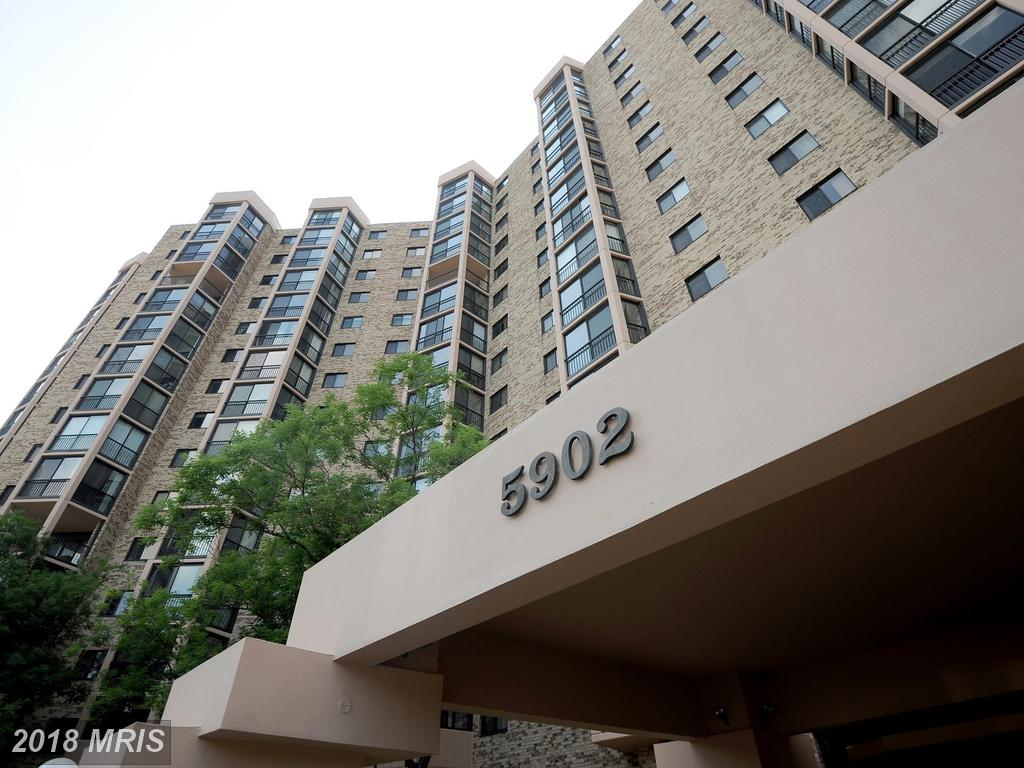 $1,975 In 22303 In Fairfax County At Walking Distance Metro Station For Rent $1,975 // 2 Beds // 2 Full Baths - 0 Half Baths thumbnail