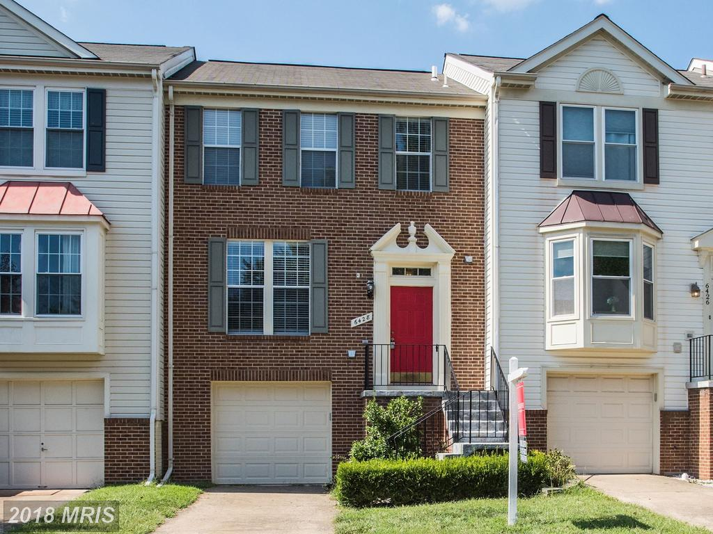 Modest Townhouse For Sale For $415,000 In 20121 In Fairfax County thumbnail