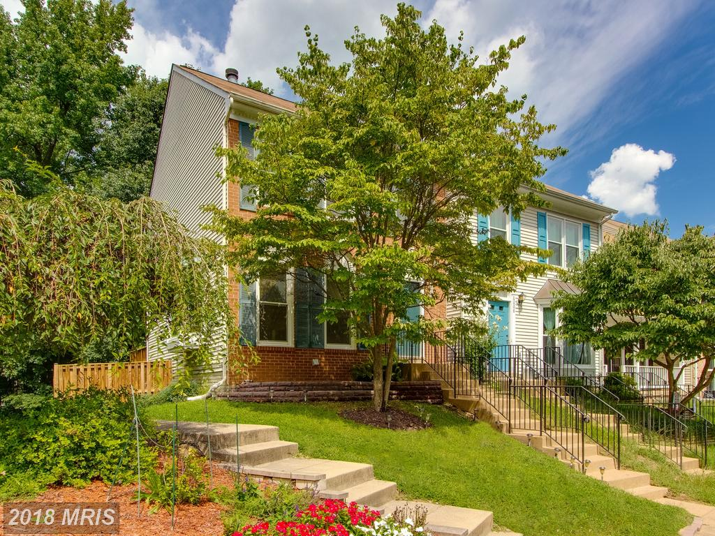 $400,000 For 3 BR / 2 BA Townhome In 20121 In Fairfax County thumbnail