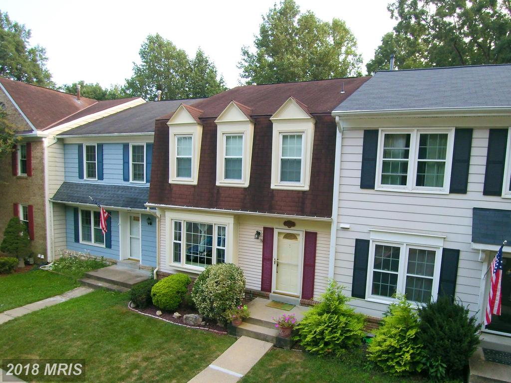 3-bedroom Colonial-style Newly-listed Townhouse For Sale At $429,900 In Northern Virginia thumbnail