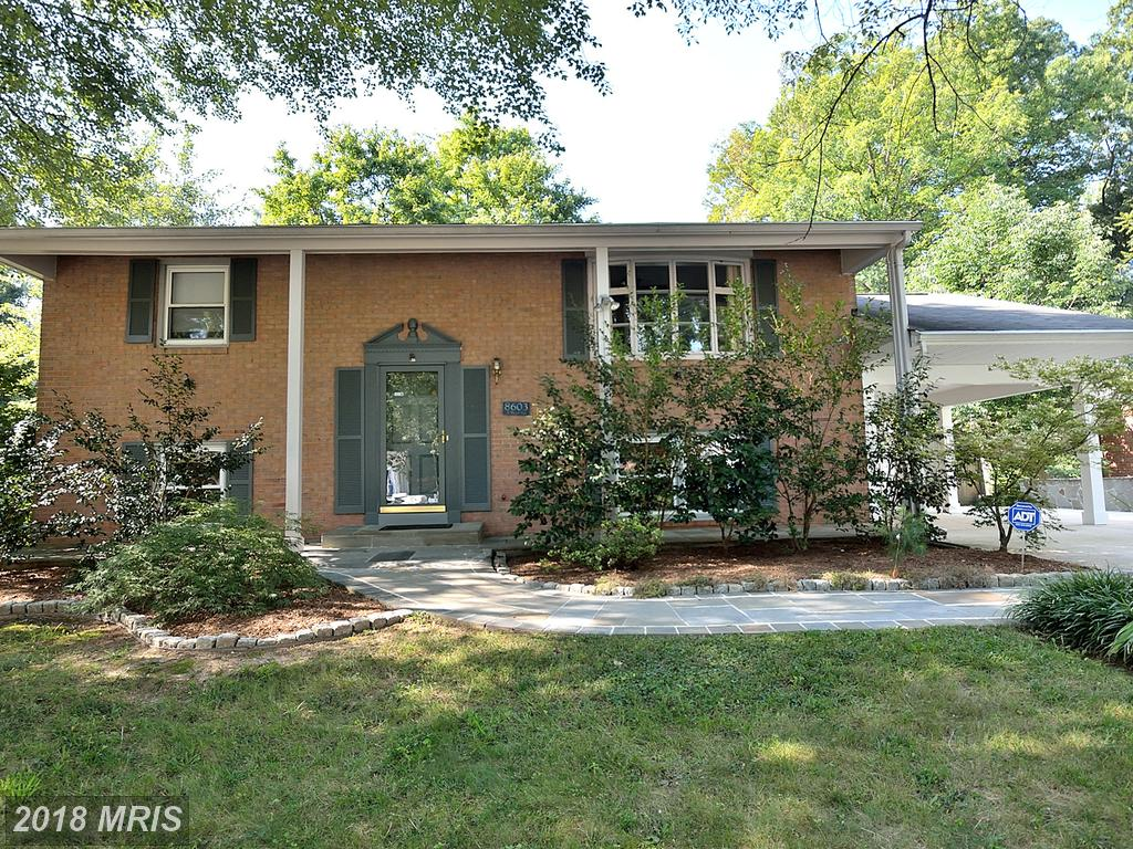 Mid 20th-Century Detached Home In 22152 In Fairfax County thumbnail