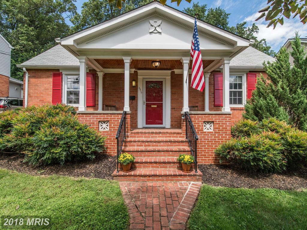 Are You In The Market For A Cape Cod-Style Home In Northern Virginia? thumbnail