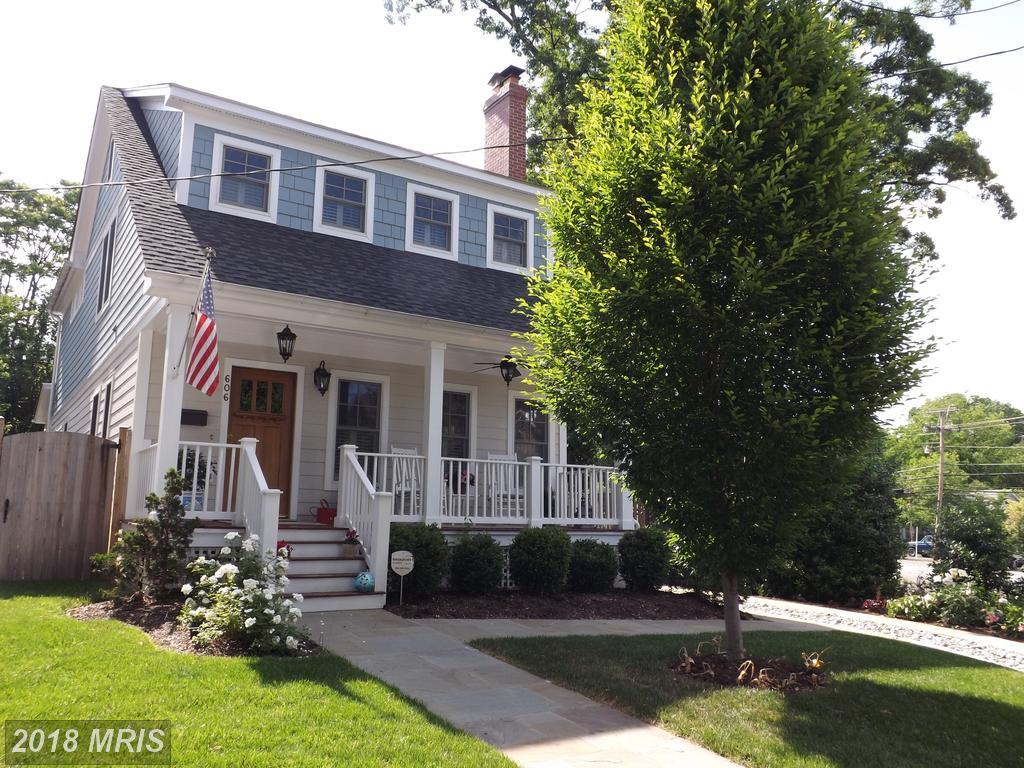 Locating The Right Farm House Like 606 Hudson St N? thumbnail