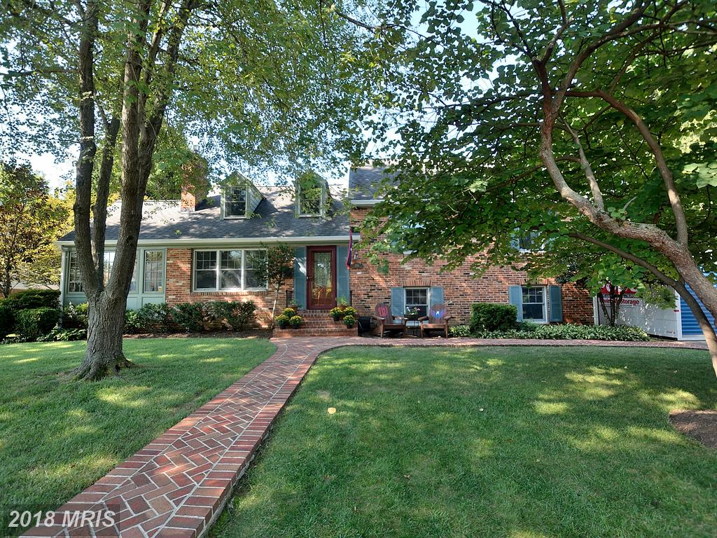 Premium 4-Bedroom House Listed $799,900 In 22308 In Alexandria thumbnail