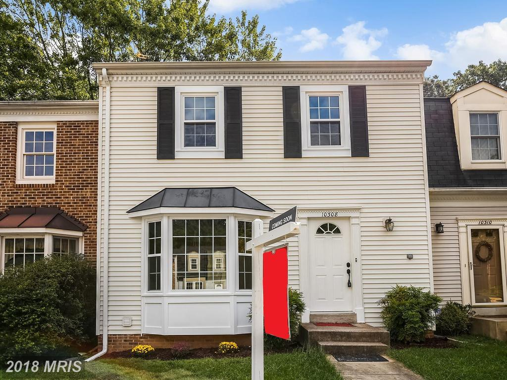 Mid 20th-Century 3-Bedroom Surprising Colonial Townhouse Place Listed For Sale In Burke thumbnail
