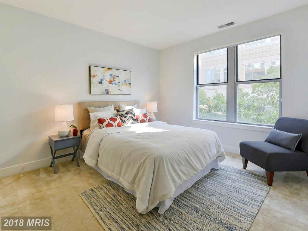 Photo of 1800 Wilson Blvd #249