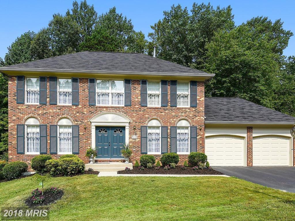 Late 20th-Century Detached House On The Market For $760,000 In Springfield, Virginia thumbnail