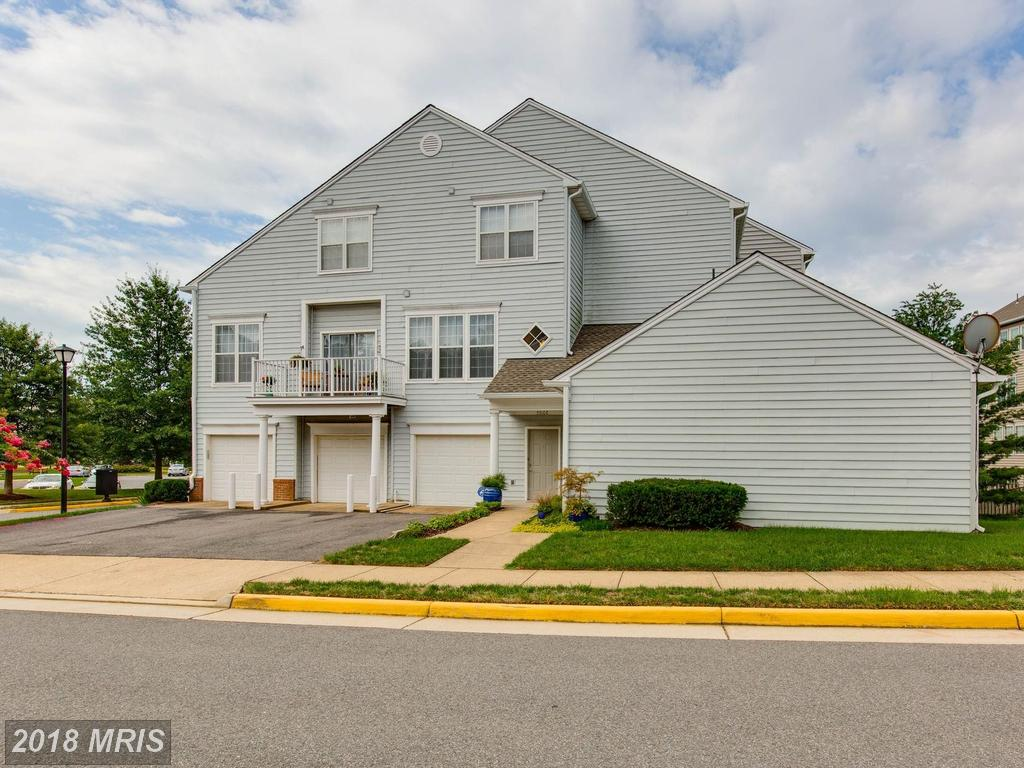 What Do You Need From A 1,730 Sqft Condominium In Fairfax County? thumbnail