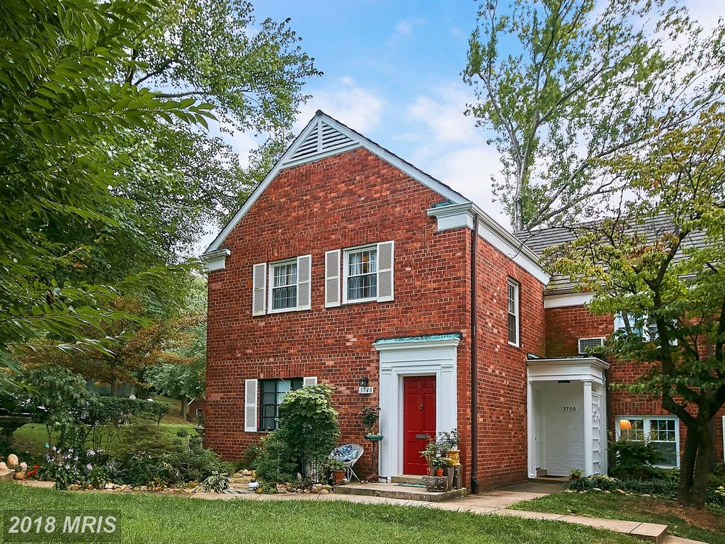Small Condo For Sale For $288,900 In Alexandria, Virginia thumbnail