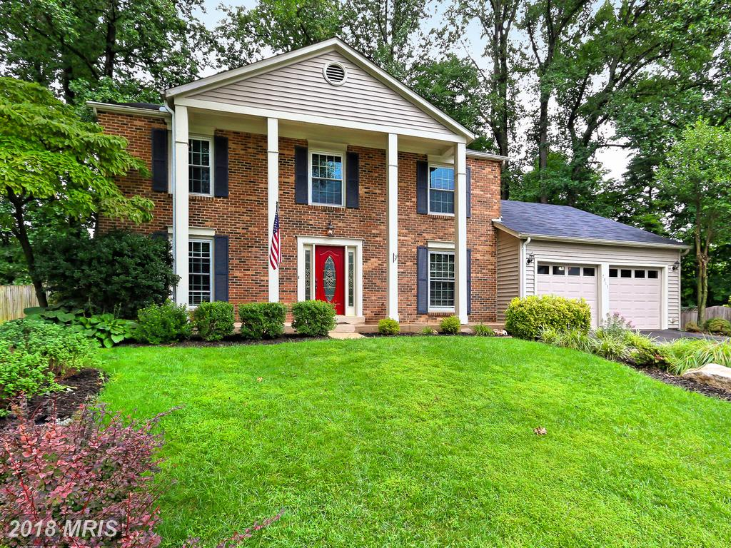 Large Detached-home In Fairfax County thumbnail