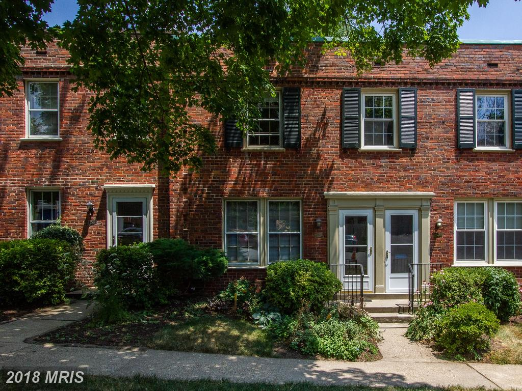 $385,000 For 2 BR / 1 BA Colonial In 22204 In Arlington thumbnail
