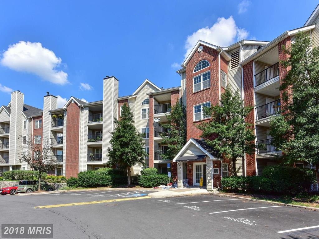 How Much Do Condos With A Garage Cost At The Pointe In 22302 In The City Of Alexandria? thumbnail