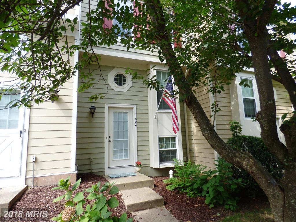 2 BR / 1 BA Real Estate For Sale At $369,900 In Reston thumbnail