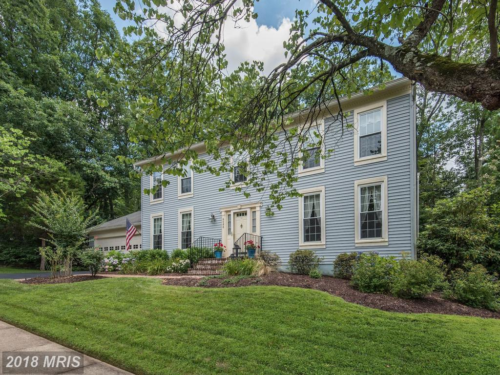 Mid-Market Detached House For Sale For $725,000 In Northern Virginia thumbnail