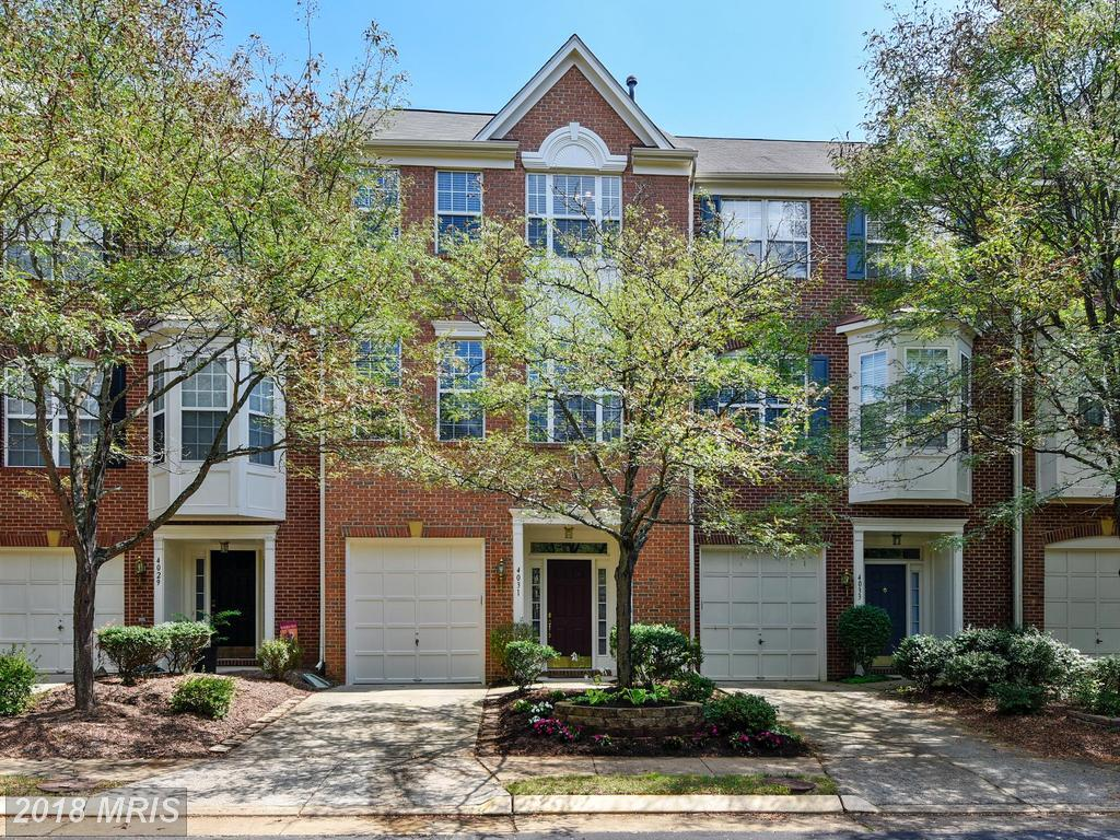 3 BR / 2 BA Colonial Townhouse For Sale At $550,990 In Fairfax thumbnail