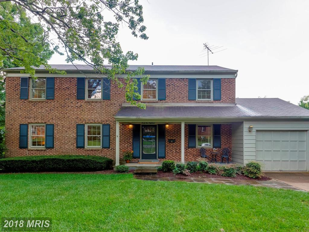4 Beds // 3 Full Baths - 1 Half Baths // $709,900 In 22003 In Fairfax County At Wakefield Chapel Woods thumbnail