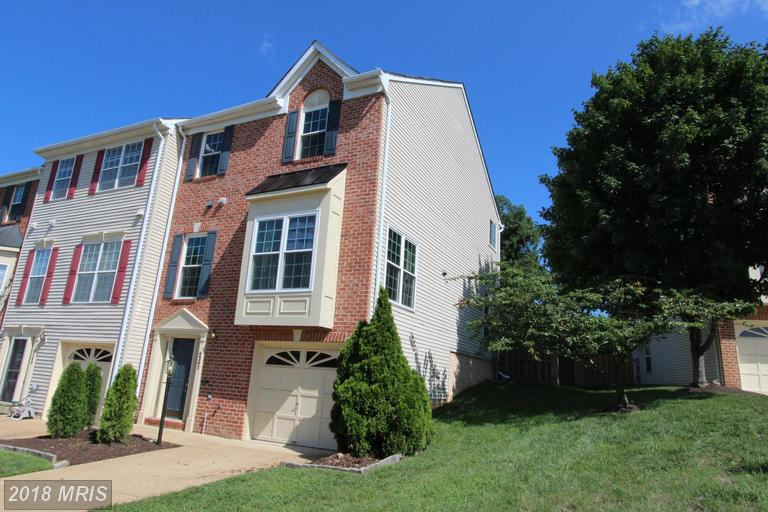 3 BR / 2 BA Colonial Listed For Sale At $525,000 In Alexandria thumbnail