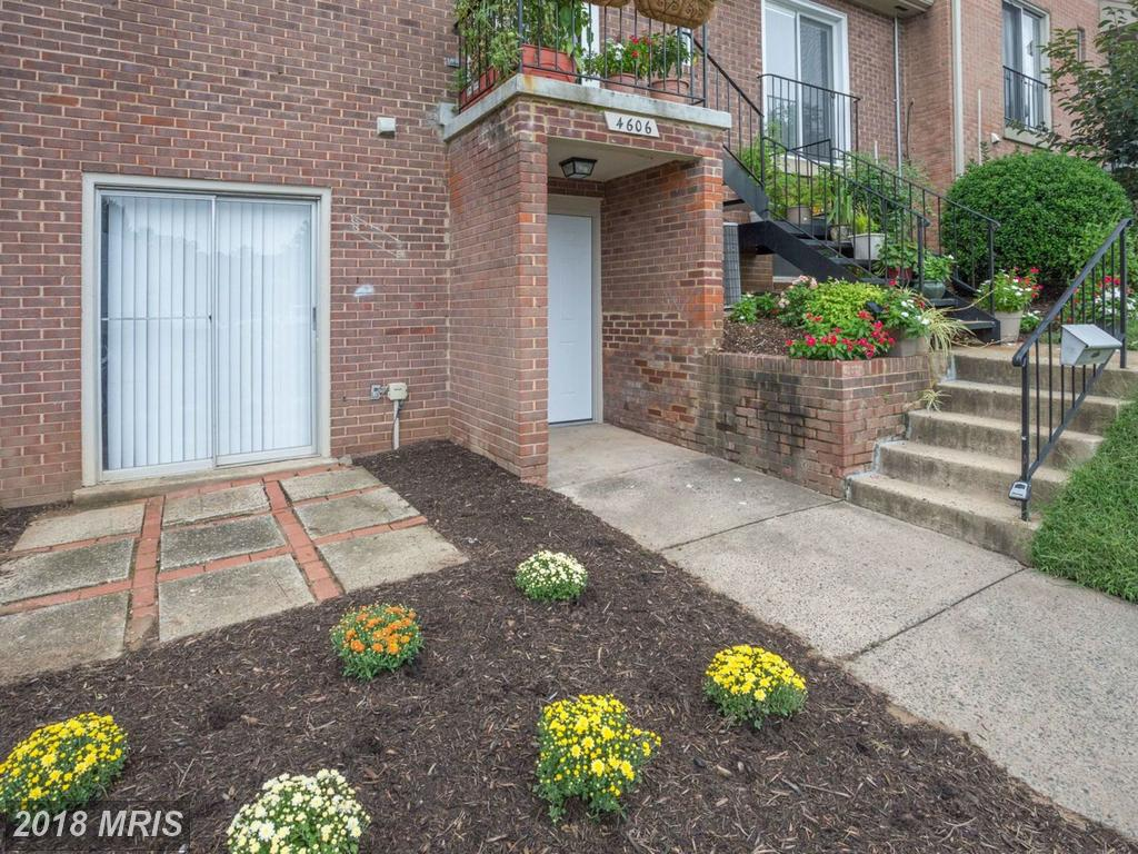 Contemporary-Style Townhouse Listed For $154,900 In 22003 In Annandale thumbnail
