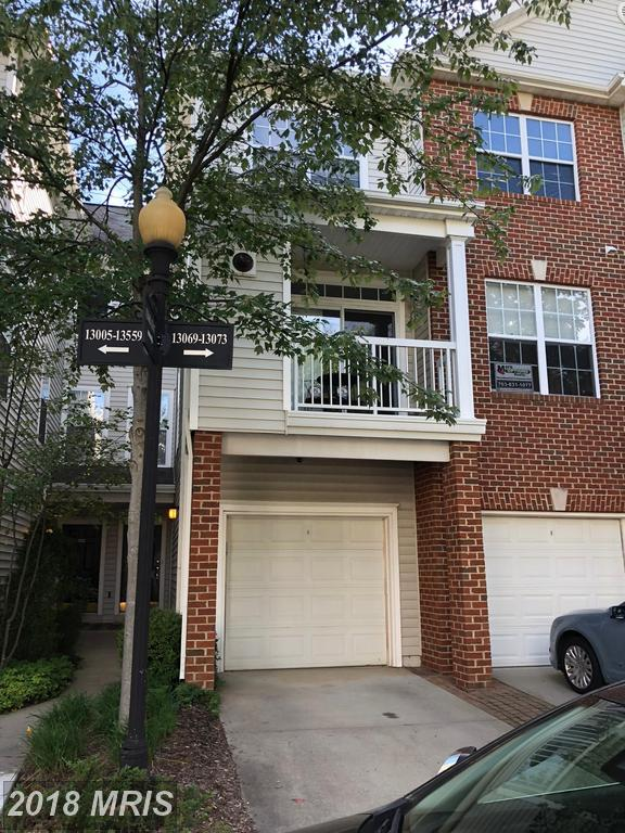 What Affiliation And Licensing Does Our Family-Run Small Real Estate Company Have To Direct Back-to-Back Townhouses For Lease In Fairfax County thumbnail