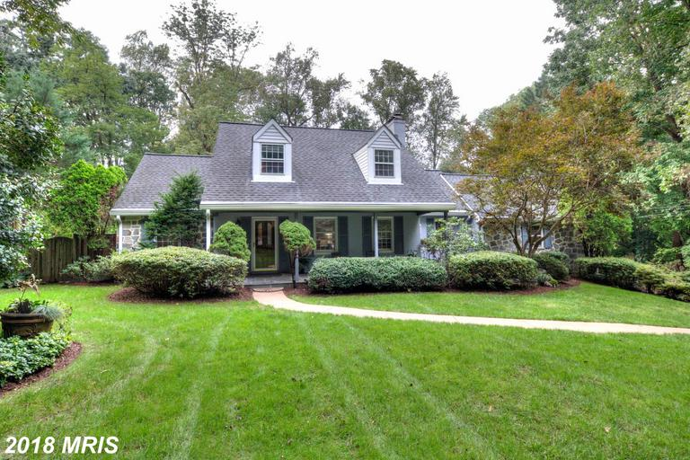 4 Beds // 3 Full Baths - 1 Half Baths // $769,888 In Annandale At Brook Hills Estate thumbnail