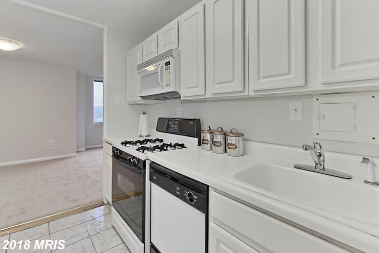 Photo of 6641 Wakefield Dr #920