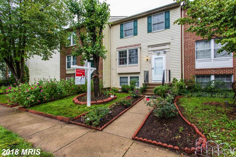$380,000 Townhouse For Sale At $380,000 In Centreville thumbnail