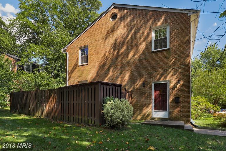 3 BR / 2 BA Colonial Listed At $419,900 In Strathmeade Square thumbnail