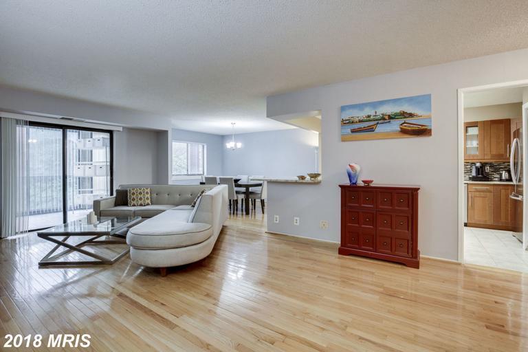 2 Bedroom Residence, 1 Days On Market In 22303 thumbnail