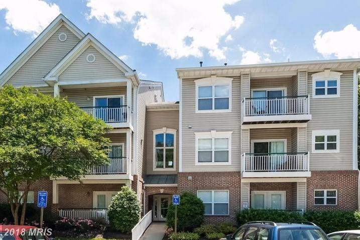 Late 20th-Century Condominium-home For Sale For $299,900 In 22315 In Fairfax County thumbnail