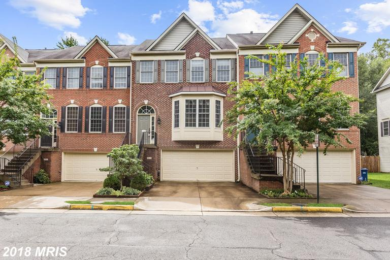3-BR Garage Real Estate Listed At $590,000 In 22303 In Alexandria thumbnail