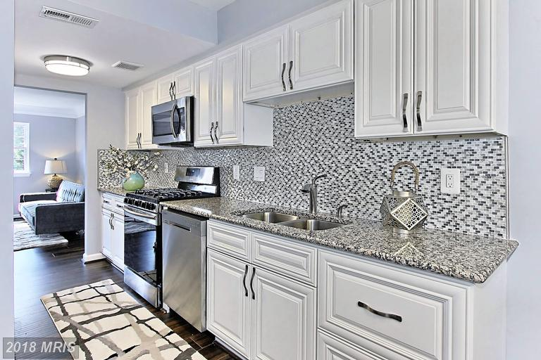 How Much Do Townhomes Cost At Dale City In 22193 In Woodbridge? thumbnail