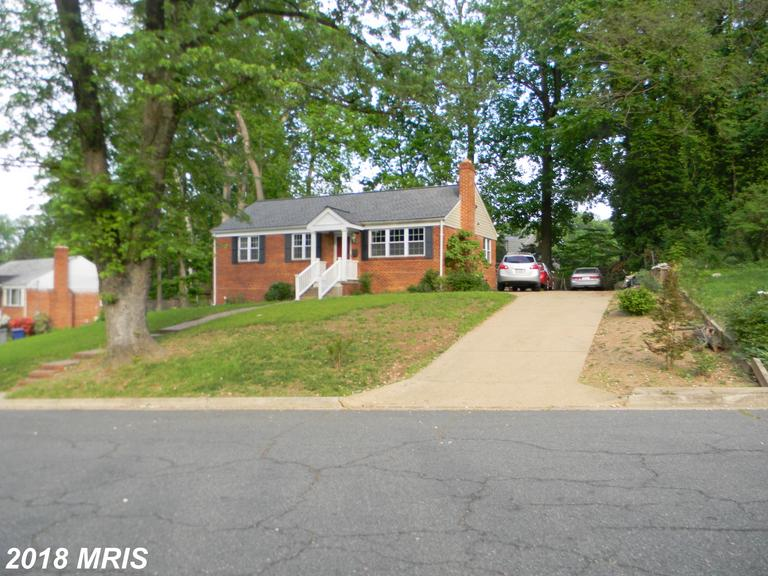 5 Beds // 3 Full Baths - 0 Half Baths // $625,000 In 22003 In Fairfax County At Columbia Pines thumbnail