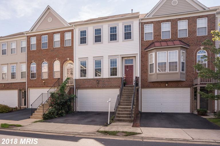 $540,000 For 3 BR / 2 BA Newly-listed Townhouse In Alexandria, Virginia thumbnail