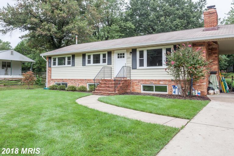 4207 Downing St, Annandale, VA 22003