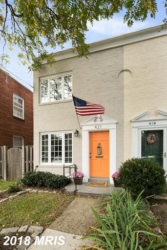 Mid-Market 2-Bedroom Colonial Listed At $619,900 In Alexandria thumbnail