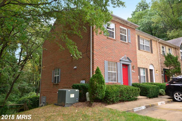 $469,900 2-bedroom Colonial-style Listing Listed $469,900 In Arlington thumbnail