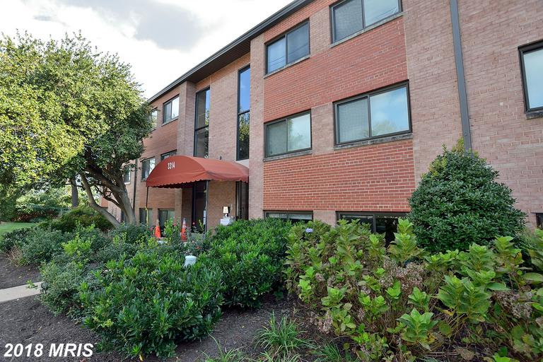 First-Time Home Buyers Can Save $942 On A Garden-Style Condo Like 3314 28th St #101 In Alexandria, Virginia thumbnail