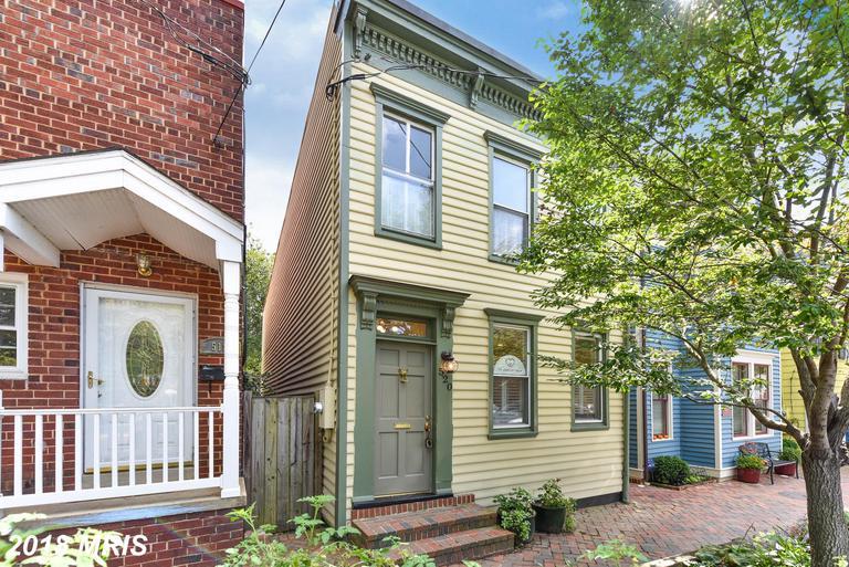 Thomas Shelton Estate Townhome In 22314 In Alexandria For $849,900 thumbnail